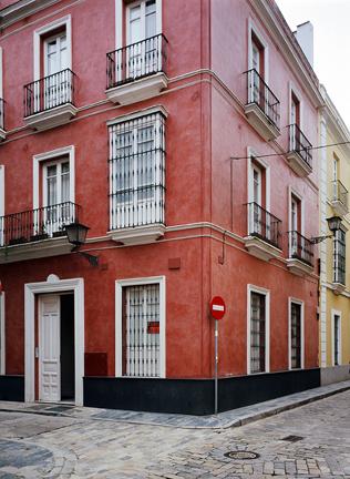 Edificio de viviendas en calle Padre Marchena en Sevilla