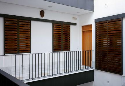 Edificio de 14 viviendas en Sevilla